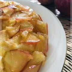甘いもの好き/ぐっち夫婦レシピ/簡単レシピ/りんごのケーキ ぐっち夫婦のフライパンで簡単レシピ📖 「…(1枚目)
