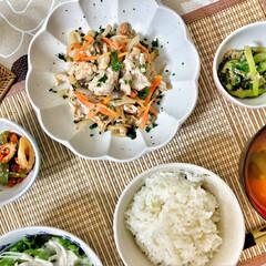 嫁さんの手作り/和食器/朝ごはん/朝食/おうちごはん/わたしのごはん/... 今朝の嫁さんが作ってくれた朝ごはん。豚肉…