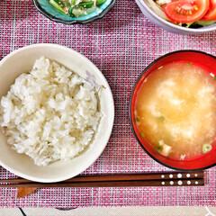 これからもよろしく/いつもありがとう/ごちそうさま/朝ごはん大好き/肉味噌/カニカマ/... 今朝の嫁さんが作ってくれた朝ごはん。鶏肉…(6枚目)
