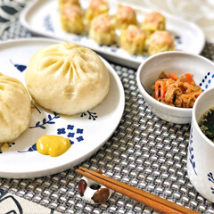 箸置き/いつもありがとう/ごちそうさま/朝ごはん/Breakfast/delicious/... 551の豚まんと焼売。大阪にいるお父さん…(1枚目)