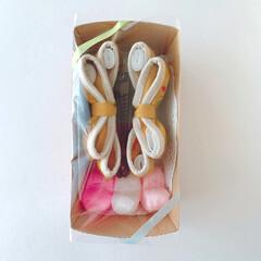 大人可愛い/秋冬コーデ/刺繍/ツバキ/ヘアアクセ/ヘアアクセサリー/... オーダー品 ✨バナナクリップ8cm✨  …(2枚目)