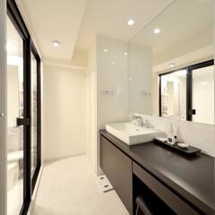 洗面所/洗面/洗面スペース/鏡/ミラー/カウンター/... 洗面スペースをリフォームするときに 大き…