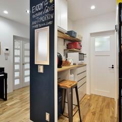 壁/黒板塗料/作業スペース/住まい/家づくり/リフォーム/... 壁に黒板塗料を塗り、 その裏側は、ちょっ…