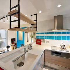 キッチン/キッチン収納/造作/アイアンラック/吊り棚/見せる収納/... キッチンにアイアンラックを造作しました。…