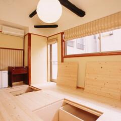 収納/床下収納/収納庫/スライド収納/無垢/床/... 床下に大容量の収納庫を設けました。  ス…