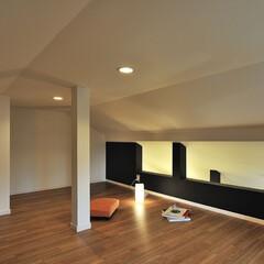 ロフト/隠れ家/屋根裏部屋/屋根裏/黒い壁/壁/... リフォーム時にロフトを設けてみました。 …