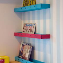壁/棚/箱/ポップ/DIY/家づくり/... 箱をペイントして棚にしてみました。  好…