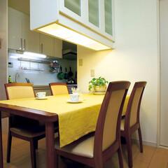 ダイニング/収納棚/収納/テーブル/照明/収納力/... ダイニングのテーブル上に、収納棚を設けま…