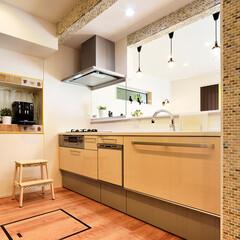 キッチン/対面式キッチン/パーティション/収納/収納スペース/明るい/... キッチンを対面式にリフォームしました。 …