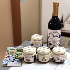 ブルーベリーワイン/レアチーズケーキ/リミ友さん/ワイン/ジャム 少し前に😊ワイン🍷とジャムが届きましたぁ…(1枚目)