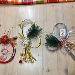 しめ縄飾り/正月飾り/ハンドメイド/フォロー大歓迎 お正月飾りを作ってみました❣️ 1枚目は…