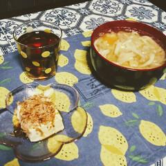 おうち時間/手抜きご飯/節約ごはん/晩御飯/おうちごはん/住まい/... 今日の晩御飯🌃🍴は残り物の味噌汁にうどん…