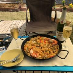 お庭でランチ/おやつ作り/おうち時間/ランチ/おうちごはん 今日のランチはお庭でパエリア  オヤツは…(1枚目)