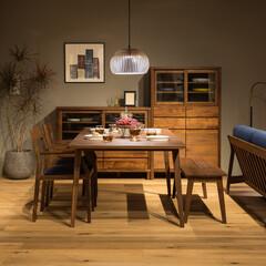 高野木工/キッチン収納/食器棚/カップボード/ウォールナット/無垢/... 重厚で上品な質感を醸し出すミドルサイズの…(1枚目)