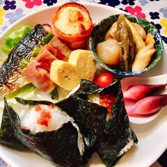 ご飯 日本人の心? おにぎり🍙🍙 今日の置き弁。