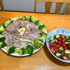 おうちご飯/お気に入りの食器/こだわりのテーブル レンジで晩御飯