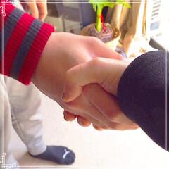 巣立ち/握手/元気でね/グルメ/フード こんにちは🙋🏻♀️ 昨日、息子を新社会…