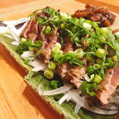 夕飯/カツオのタタキ/ひと手間/マイホーム/暮らしを楽しむ/おうちごはん/... 鰹のたたき♡  切ったまま…じゃなくて、…
