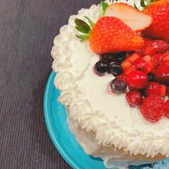 手作り/ホームメイド/誕生日ケーキ/スイーツ/ケーキ/誕生日/... 誕生日ケーキ♡  先日誕生日を迎えた、長…