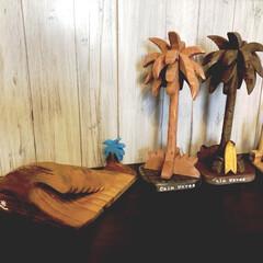 メルカリ販売中/立体ヤシの木/ハンドメイド/ウッドクラフト/西海岸インテリア/DIY 平面では無く立体的なヤシの木🌴 幹の部分…