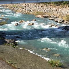 スッキリ気分/景色/キレイ/川の流れ/澄み切った川/おでかけ お気に入りの産直市に、野菜を買いに行きま…(1枚目)