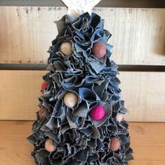 クリスマス雑貨/クリスマスツリー/ウールボール/ハンドメイド雑貨/デニムリメイク/デニムツリー/... 今日はお弁当なし👍  デニムツリー🌲完成…