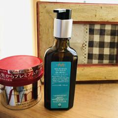 モロッカンオイルトリートメント   モロッカンオイル(トリートメント、ヘアパック)を使ったクチコミ「髪の毛がスーパーサラサラ'(*☻-☻*)…」(1枚目)