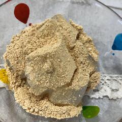 米粉食パン/ホームベーカリー/わらびもち/キッチン雑貨/雑貨/暮らし/... 今日のおやつは、わらび餅。 鍋、洗うのが…