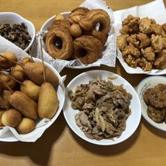 チキンナゲット/豚肉の生姜焼き/ドーナツ/つくね/作り置きおかず/お弁当/... 見事!茶、茶、茶になりました。 お弁当用…(1枚目)