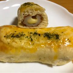 手作りパン/ホームベーカリー/惣菜パン/塩パン 今日は塩パン🥖。 塩かけすぎて、少し落と…(2枚目)