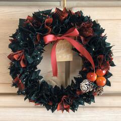 クリスマス雑貨/クリスマスリース/リース/ファブリックリース/布リース/リミアの冬暮らし/... またまたうちにあったものでリース😆  前…
