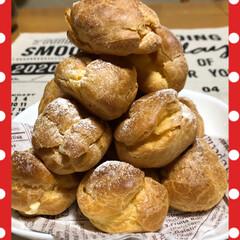 シュークリーム/プチシューツリー/リミアの冬暮らし/フォロー大歓迎/じーまーみ豆腐/カスタードアップルパイ/... 今日はお菓子作りday。 プチシュー、 …