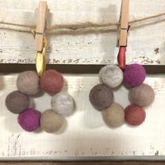 リース/クリスマス/ハンドメイド雑貨/ウールボール/キャンドゥ/100均/... キャンドゥのウールボール大で 作りました…
