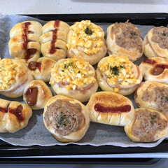 ホームベーカリー/惣菜パン/パン/フォロー大歓迎 惣菜パン、作りました。 ツナマヨ、たまご…