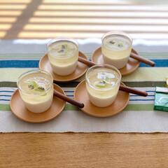 暮らしを楽しむ/暮らし/二層ゼリー/手作りおやつ/手作りスイーツ/おやつ作り/... 以前作った梅シロップと牛乳で、 二層ゼリ…