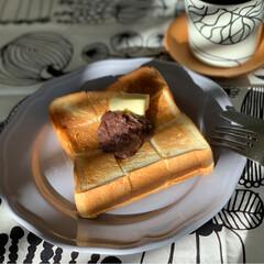 iittala/marimekko/北欧テキスタイル/トーストアレンジ/トースト/あんバター/... 家カフェ☕️ あんバタートースト🍞✨  …