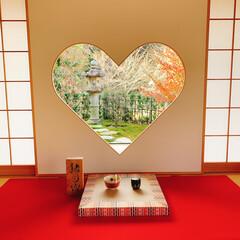 かわいい/パワースポット巡り/パワースポット/紅葉/京都/女子旅/... 正寿院の猪目窓❤ 紅葉の季節ハートの中も…