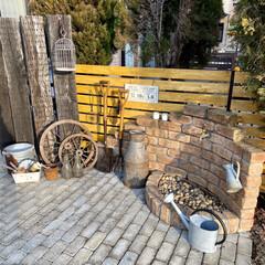 庭づくり/庭/飾るのが好き/ディスプレイ/ガーデニング雑貨/ガーデン雑貨/... ミルク缶に続き こちらも以前から欲しかっ…(1枚目)