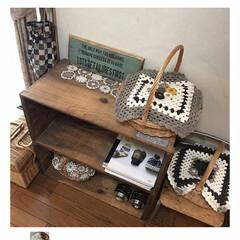 目隠し/knittinglove/knitting/knit/かご/りんご箱/... リビングにあるりんご箱… なんでもか…
