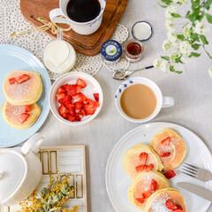 わたしのごはん/ティータイム/コーヒー/ホットケーキ/花のある暮らし/ハッピー/... おはようございます🤗 今日もハッピーで良…