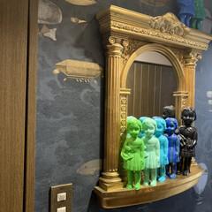 おうち自慢/アート/アートのある暮らし/Re壁/輸入壁紙/テシード/... おはようございます。 こちらは廊下。リビ…