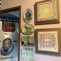 セルフペイントの壁/アート/アートのある暮らし/LIMIAインテリア部/雑貨/DIY/... 玄関のギャラリーウォールにプレートを追加…