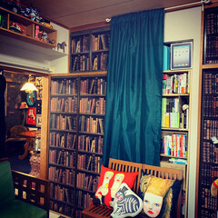 カーテン/松下さちこ/IKEA/襖リメイク/和室を洋室に/インテリア/... 和室を洋室に 猫の額程の床の間にはシンデ…