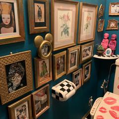 ウォールステッカー/時計リメイク/セルフペイントの壁/壁紙屋本舗/アート/LIMIAインテリア部/... おはようございます。 左手のミッキー型の…