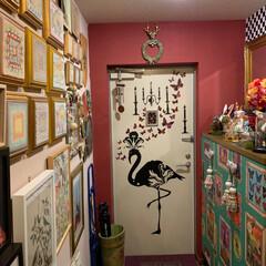セルフペイントの壁/インテリア/住まい/わたしのお気に入り/ウォールステッカー/アメリ/... 私のお気に入りの玄関扉。 フランスのザン…