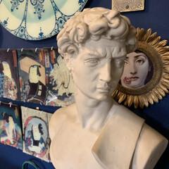 石膏像/セルフペイントの壁/インテリア/住まい/わたしのお気に入り 私のお気に入りはダビデ君。 ヤフオクの戦…