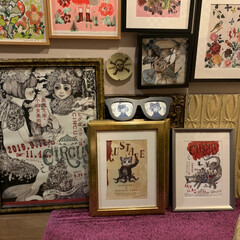 アートのある暮らし/リミアの冬暮らし/雑貨/住まい/イケア/暮らし こちらは玄関ギャラリー。 パリのアーティ…