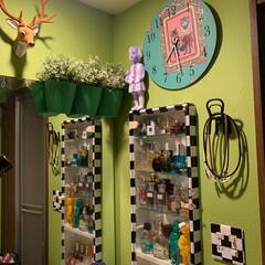 時計リメイク/洗面所/アート/壁紙屋本舗/セルフペイントの壁/LIMIAインテリア部/... おはようございます。 こちらは洗面所。 …