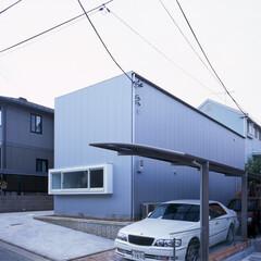 横浜/ガレージハウス/SOHO シンプルモダン、キュービックな外観。