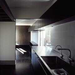 横浜/造作家具 4mのキッチンと10mの吊り戸棚。